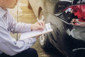 Jezdíte bez nehody a přesto platíte za povinné ručení rok od roku více? Důvodem jsou vzrůstající výlohy za škody na majetku a především na zdraví. I tento rok vás pravděpodobně čeká další zdražení. Řada řidičů přitom platí hodně peněz za málo muziky. Nepatříte mezi ně?
